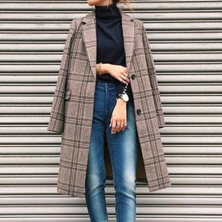 2017-11-18のピックアップテーマ:チェック柄×チェスターコート、定番のチェスターコートは、チェック柄が断然今年っぽい♡